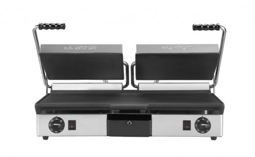 Maestrowave MEMT16053XNS Flat top and bottom non-stick plates